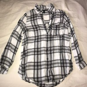 Black and white light weight button down shirt